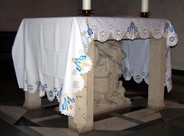 Sind die Altardecken schön?